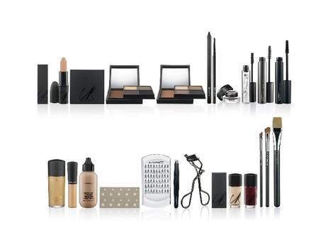 Карин Ройтфельд выпустила коллекцию макияжа и инструментов